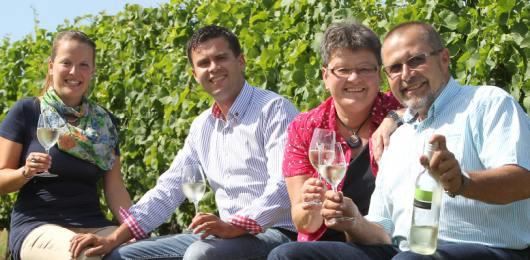 Brennerei Weingut Mößlein Bild