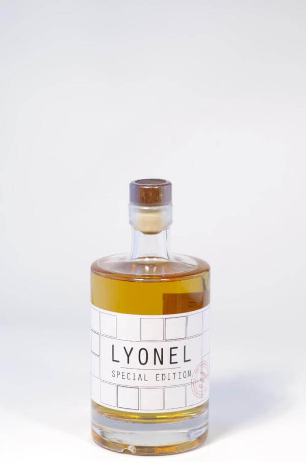 Lyonel Barrel Aged Gin Bild